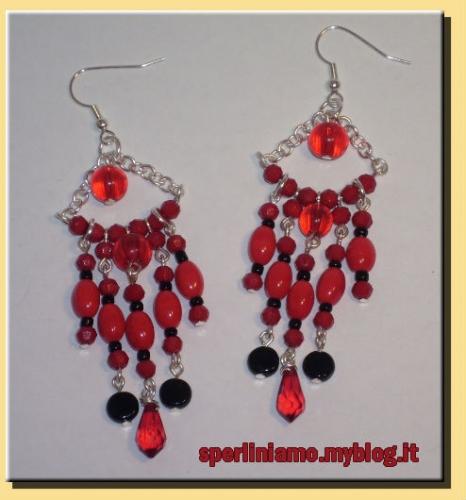 orecchini lampadario rossi.jpg